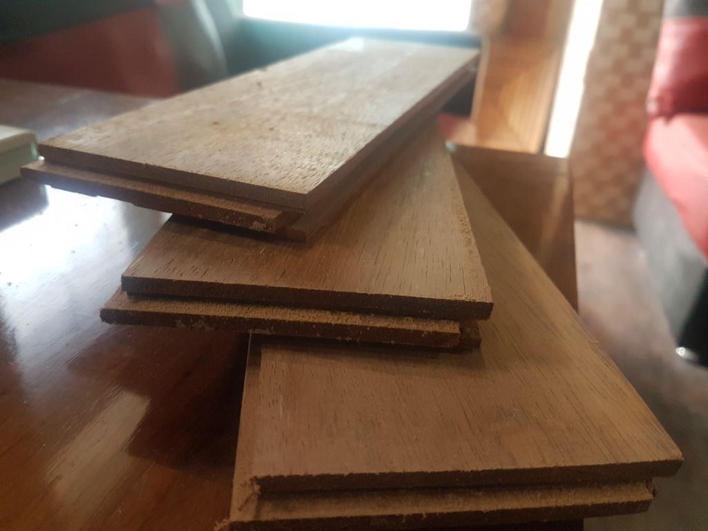 Lantai kayu kota bandung jawa barat