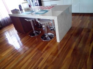 Tahapan pemasangan lantai kayu
