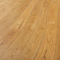 lantai kayu utuh