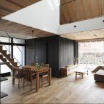 Desan rumah kayu pada lantai