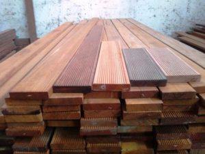 kayu decking