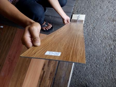Lantai kayu vinyl murah