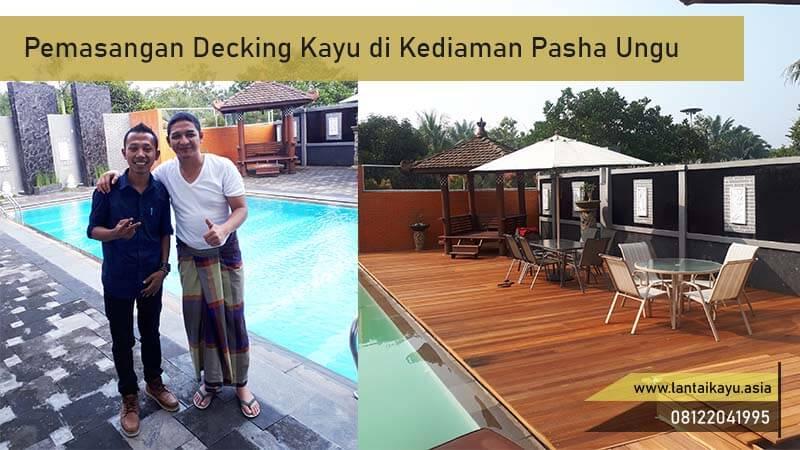 Project pemasangan lantai kayu samping kolam renang bengkirai rumah pasha ungu