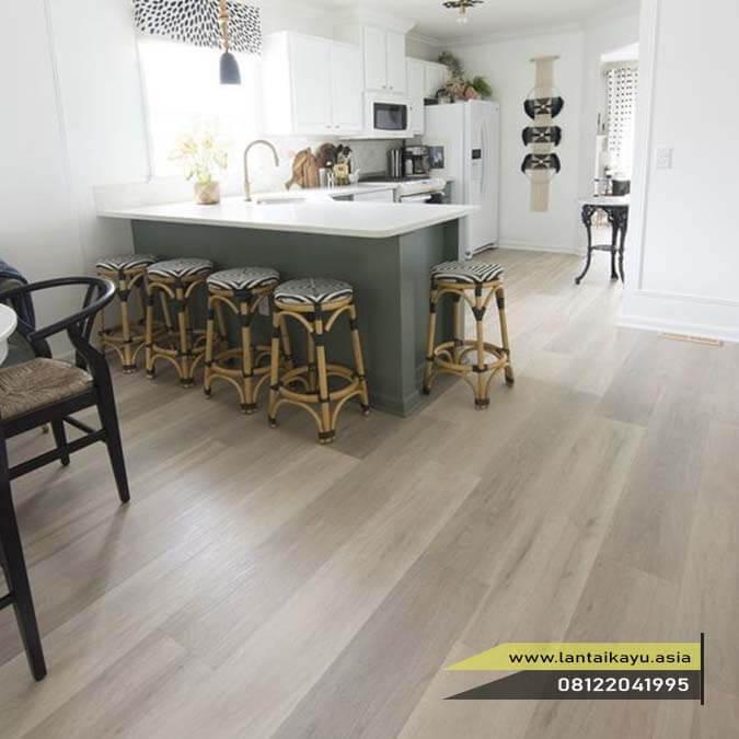 tips memilih lantai kayu yang pas untuk area ruangan dapur