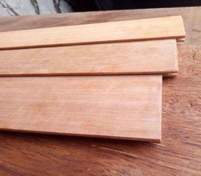 lambersering plafon kayu kumea