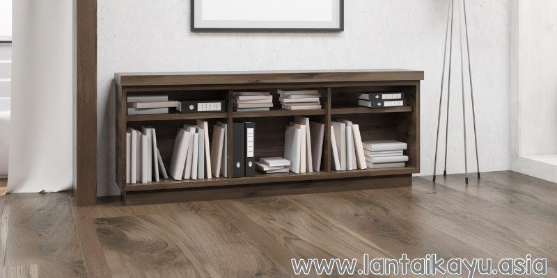Ruang Baca yang Nyaman dengan Warna Simpel